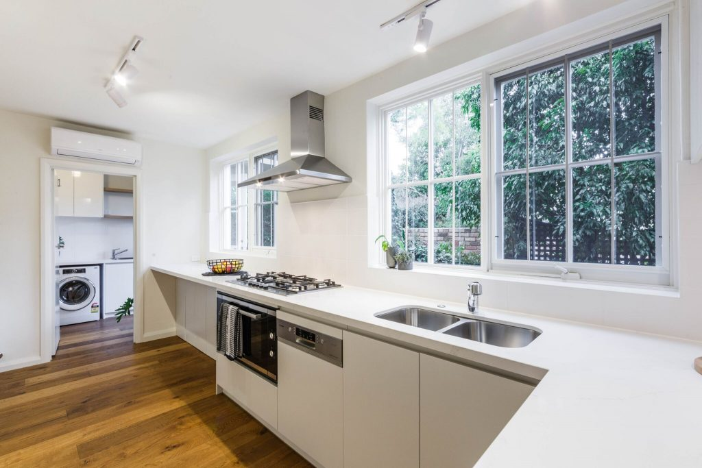 Toorak-Lansell-Road-Kitchen-Bathroom-Interior-Design-7towns-3
